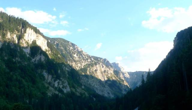 Beautiful mountain pass along the way – Durmitor